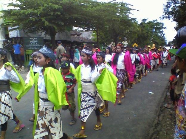 Foto SDN Mulyoagung 2 pada festival Karnaval Singgahan