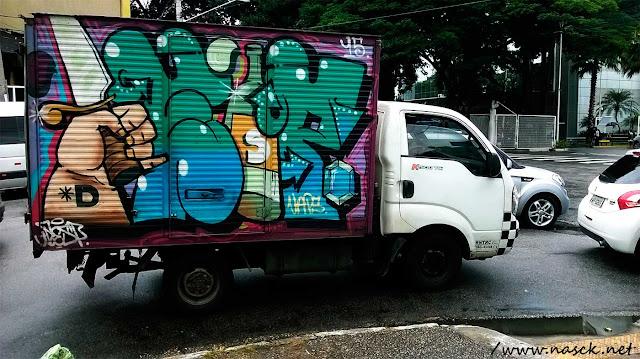 Carro Grafitado
