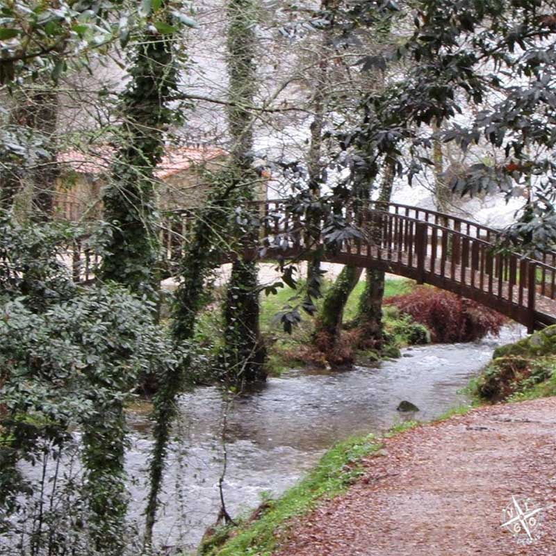 Puente en Ria de Barosa