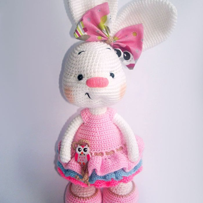 Large Ami Cat crochet pattern - Amigurumi Today | 700x700