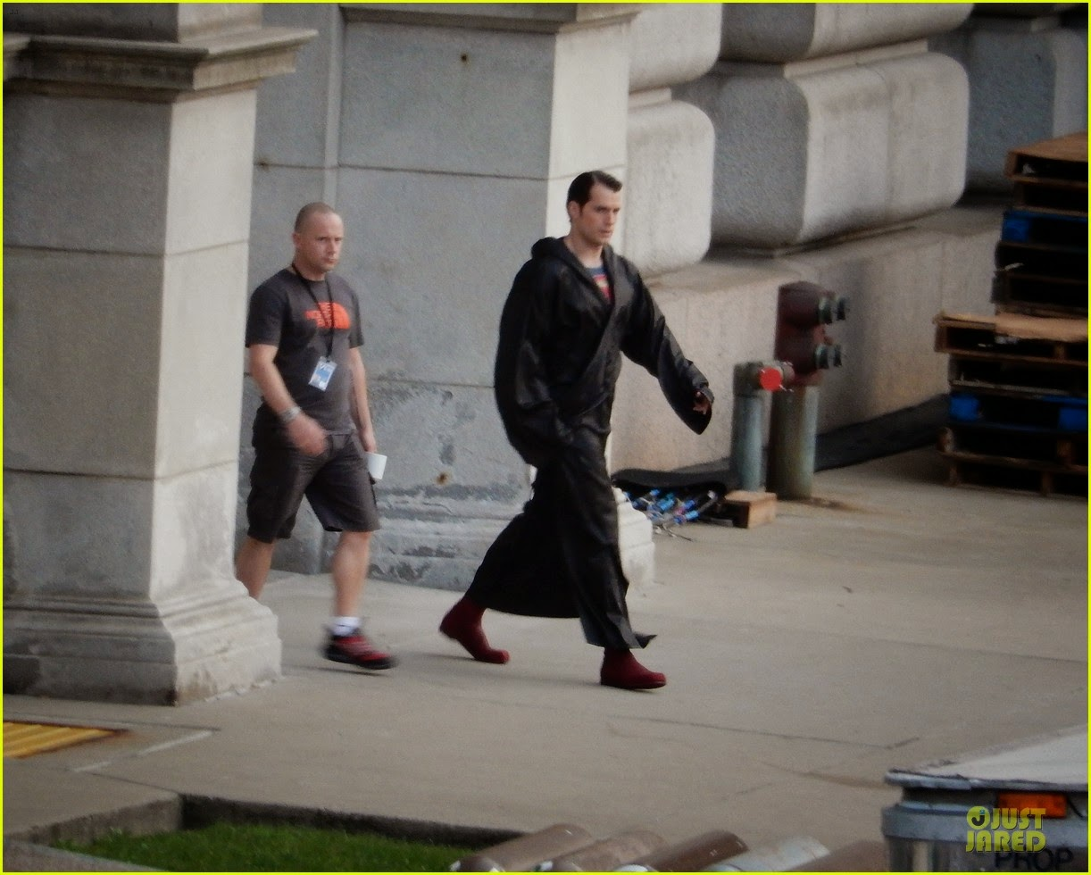 Henry Cavill como Superman en el rodaje de 'Batman V Superman: Dawn of Justice'