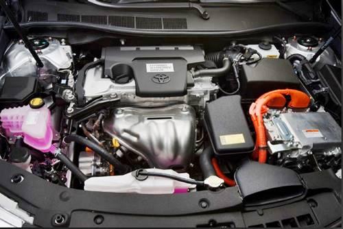 New Toyota Camry Evolution Green Hybrid Injection XSE V8 Sport Car