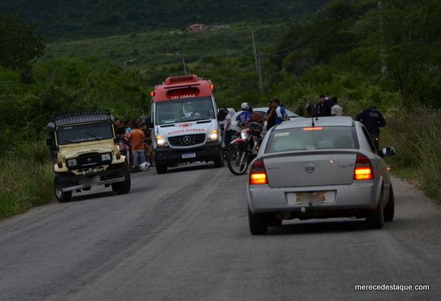 Motociclista fica gravemente ferido em acidente na PE-160, entre Poço Fundo e Jataúba