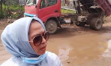 Hj Anita Mahmud Yusuf, Turun Langsung ke Lapangan Mengawal Perbaikan Jalan