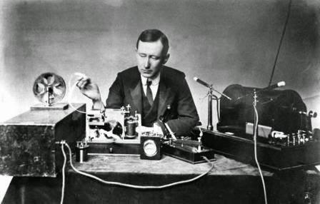 Sang Penemu Radio