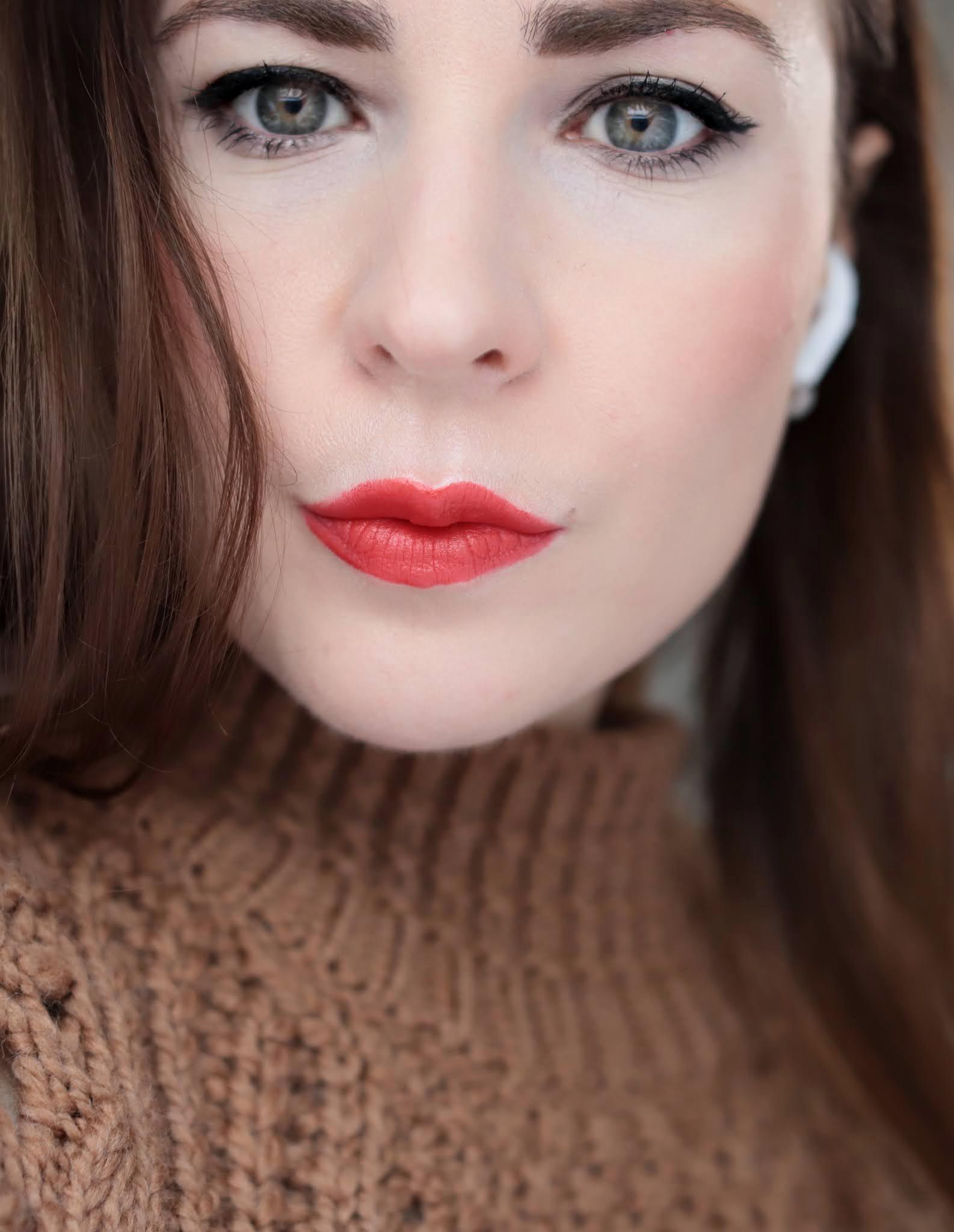 Chanel Rouge Allure Velvet 57 Rouge Feu