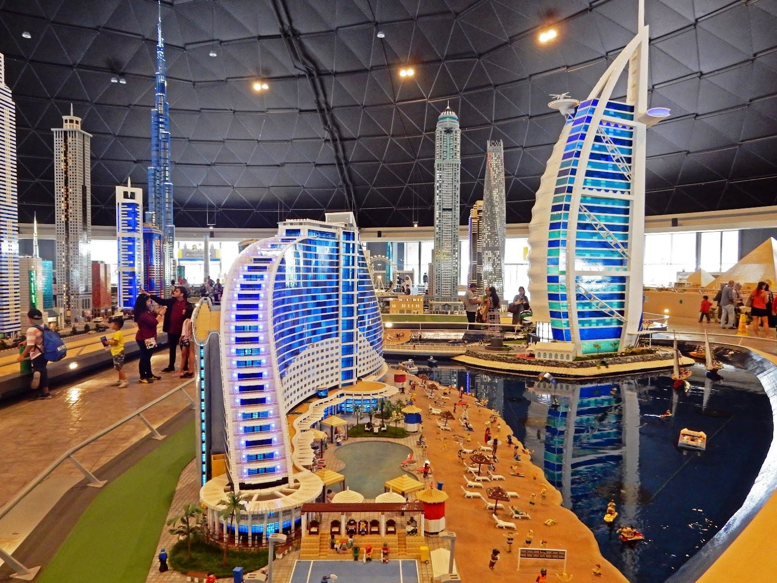 the viewing deck: Dubai Parks and Resorts 1st part ...