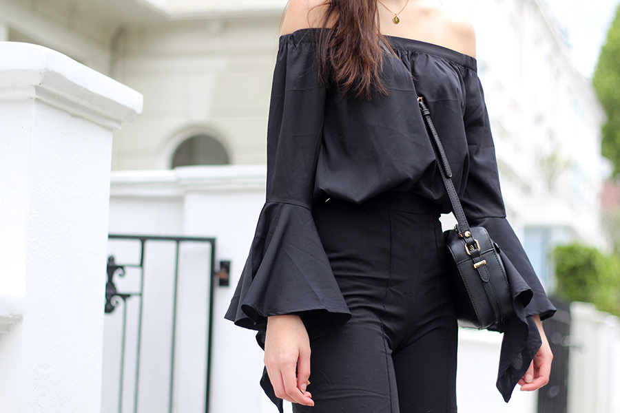 bardot top bell sleeves all black spring look