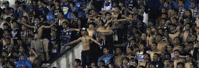 Bantah Pernyataan Umuh, PSSI Tegaskan Bobotoh Tetap Dilarang Nontong Persib di Stadion