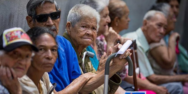 ¿Cómo sobrevive un pensionado en Venezuela con Bs. 40.000 mensuales?