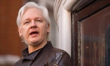 Julian Assange lança desafio legal contra a administração Trump
