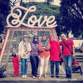 Family time di Balaikota Bandung