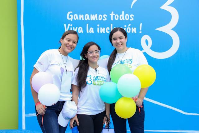Claudia Suero, Maria Cedeño y Mabel Guerrero