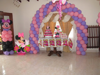 DECORACION GLOBOS MINNIE MOUSE 2 RECREACIONISTAS MEDELLIN