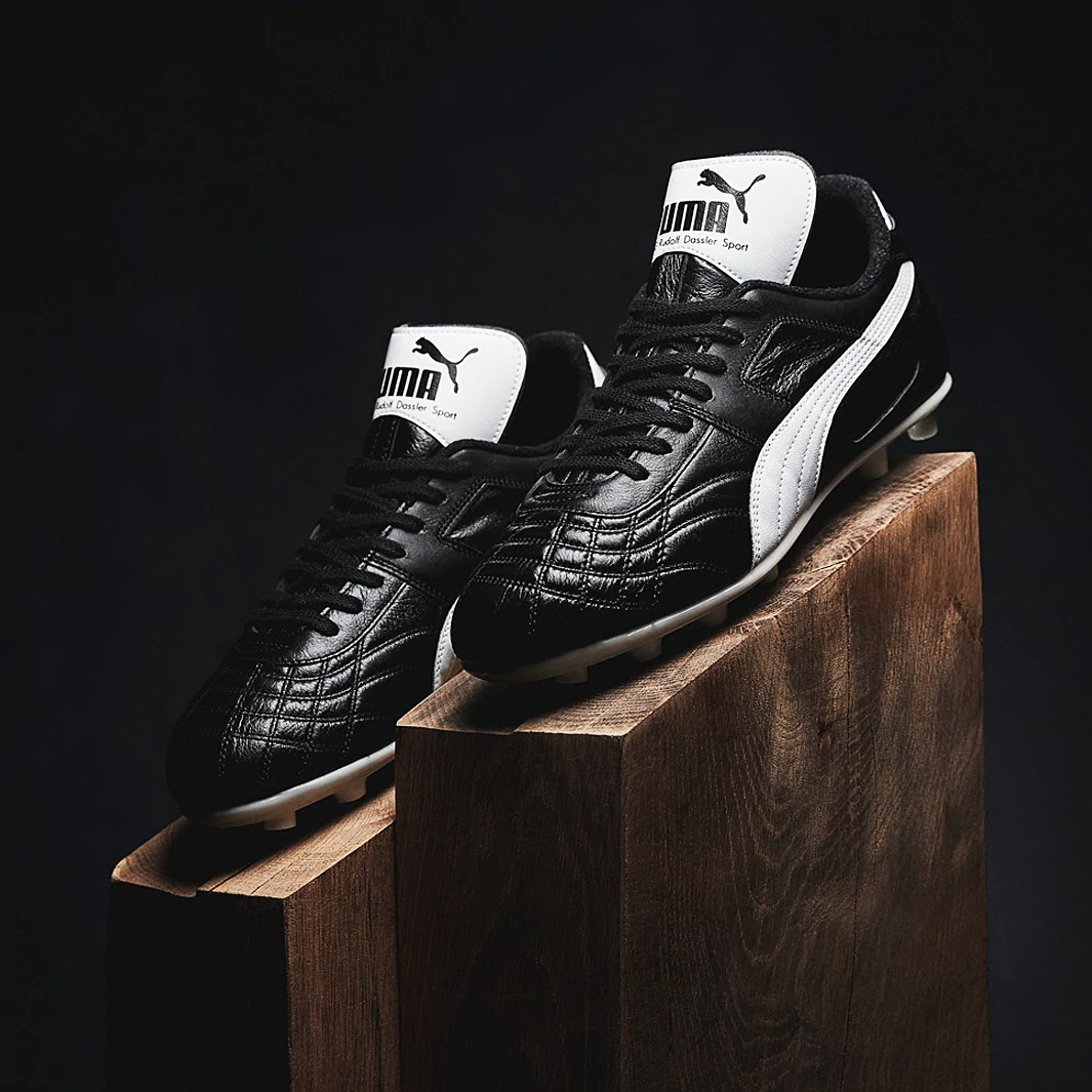 new arrival 57da9 e0a3b Puma surprised everybody this morning by re-releasing a football boot from  1985, the Puma Para Mexico. The Puma Para Mexico boots were originally  designed ...