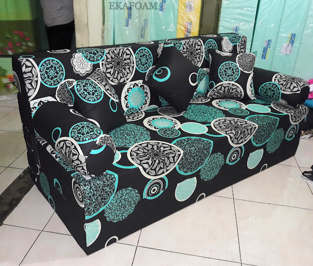 Sofa bed inoac motif Dark moon biru