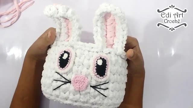 Cómo tejer un cesto de conejito en trapillo a crochet