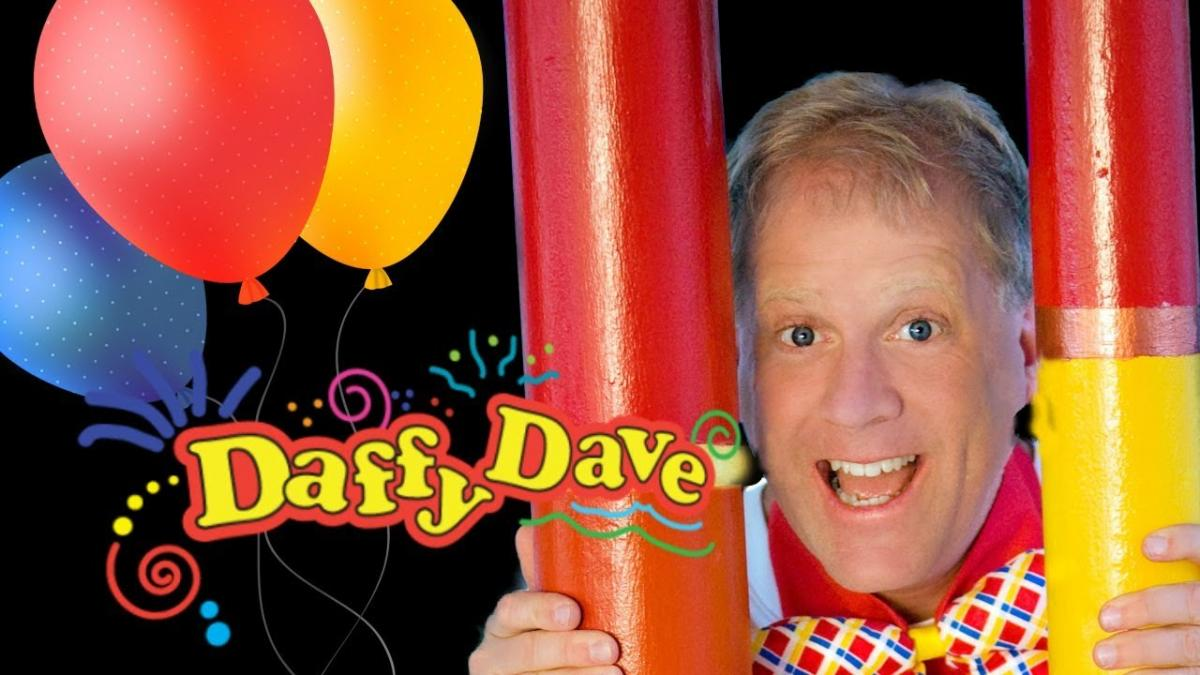 Comedy Magician Daffy Dave Seattle, WA - Comedy Magic, Stage Magic, General Magic, Card Magic Tricks