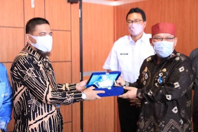 Pemkab OKI terima Kunjungan Pemkab Muba, Berbagi Langkah Strategis Resolusi Sengketa Lahan.