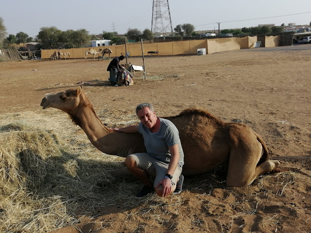 Alexander Tauscher mit Kamel.