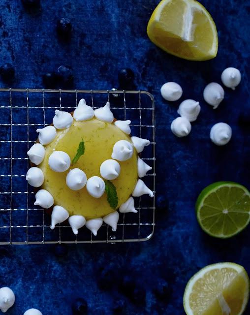 crémeux citron , meringues croustillantes , tartelettes
