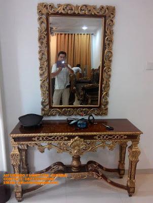 meja konsul ukiran jepara,mebel ukiran jati,Jual Mebel Jepara|Toko Mebel Jati Klasik|Jual Mebel Klasik Jepara|Mebel Ukiran Jepara|Mebel cat Duco CODE A139,Mebel Jepara#ToKo Mebel jati#furniture jakarta#furniture Jati Klasikjepara #Jual Mebel Jepara#Mebel ukiran Jepara#Mebel Jati jepara#Sofa jati#Dipan jati#Kamar Set jati#Kabinet jati#Buffet jati#Meja Makan jati#Nakas jati#Pigura jati#Meja Tamu jati#Lemari Kaca jati#Almari Pakaian jati#Meja kantor jati#Partner desk jati#Meja konsul jati#Meja Trembesi solid#tempat tidur sofa tamu meja makan Klasik Antique cat duco French style ukiran jati Classic Modern jepara#Mebel asli Jepara#toko online mebel jepara#mebel online jepara#toko mebel jati#toko mebel klasik#toko mebel online#jepara furniture shop#Design furniture klasik#furniture design interior#Furniture Hotel#supplier furniture jepara#pengadaan furniture kantor#Furniture classic eropa#furniture klasik mewah