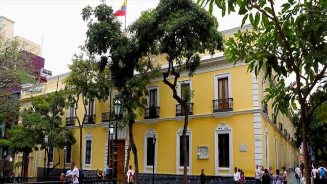 Venezuela tilda de 'terrorismo económico' nuevas sanciones de EEUU