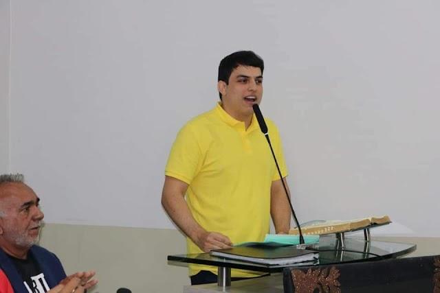 MAURÍCIO GURGEL PARTICIPA DE DEBATE SOBRE MORADORES DE RUA EM PARNAMIRIM