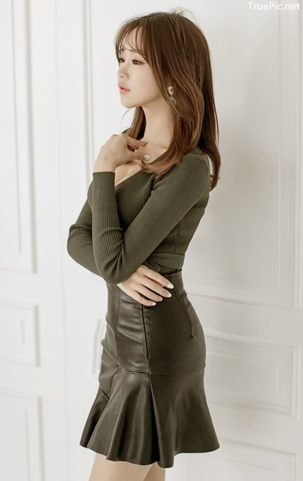 Image-Korean-Fashion-Model–Kang-Eun-Wook–Indoor-Photoshoot-Collection-2-TruePic.net- Picture-2
