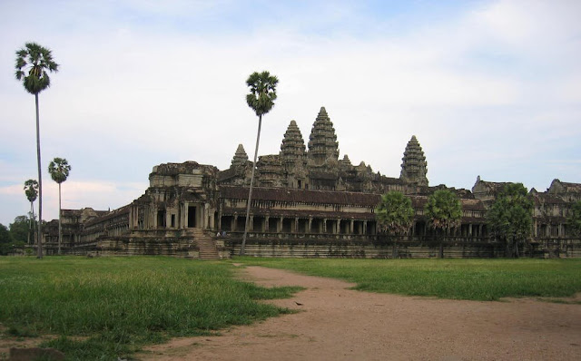 Archaeologists pinpoint population for the Greater Angkor region