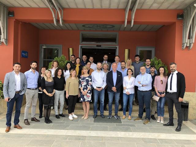 Η Περιφέρεια Πελοποννήσου πρωτοπορεί στην ανάπτυξη δικτύων ηλεκτροκίνησης στη Μεσόγειο
