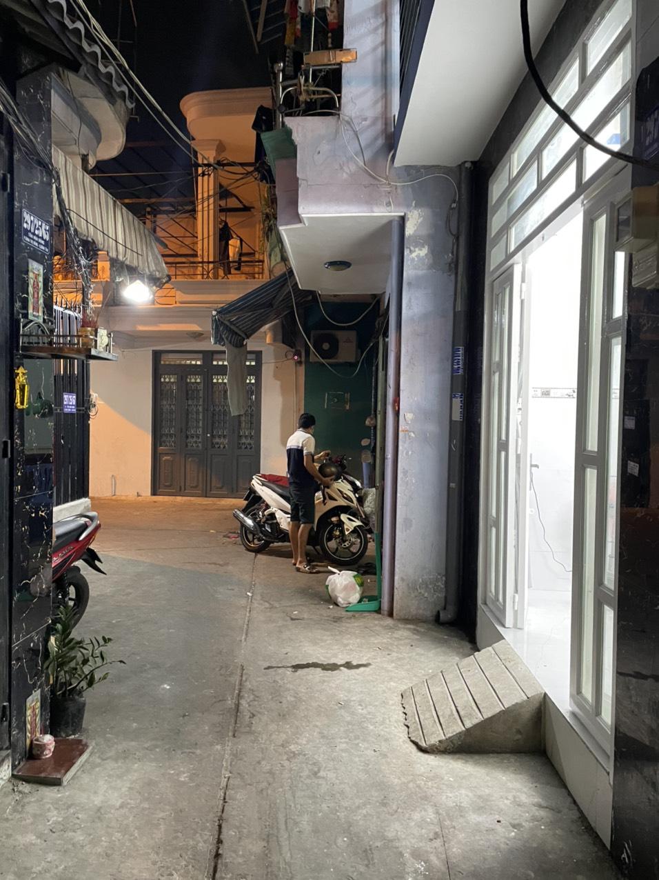 Bán nhà hẻm 297 Tân Hòa Đông, Bình Trị Đông, quận Bình Tân dưới 3 tỷ
