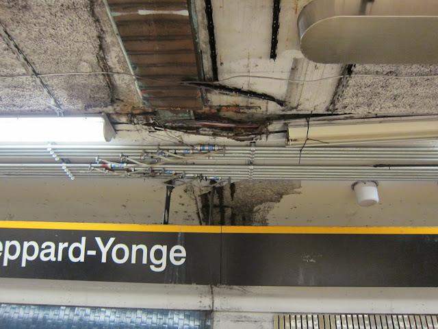 Ceiling and conduits at Sheppard-Yonge subway