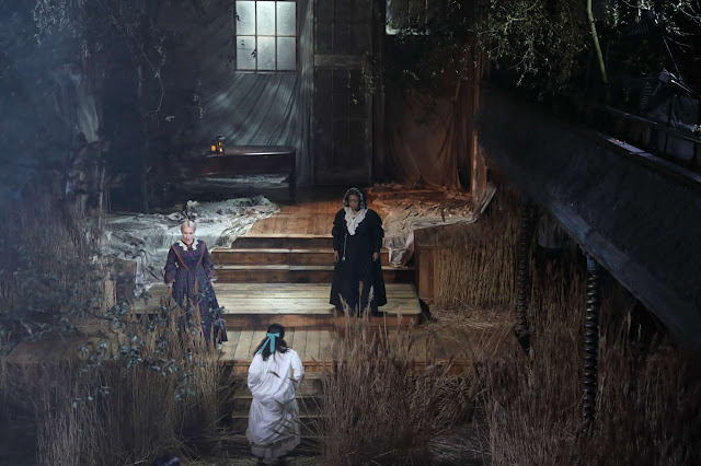 Britten: The Turn of the Screw - Rhian Lois, Alys Mererid Roberts, Gweneth Ann Rand - OperaGlass Works at Wilton's Music Hall