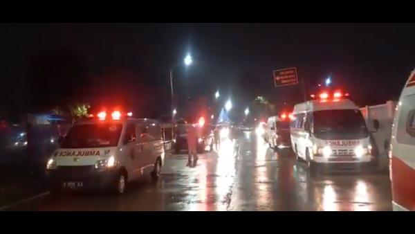 Viral Video Penampakan Ambulans-ambulans Antre Masuk RS Wisma Atlet