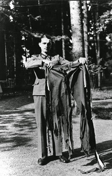 Ultimate Collection Of Rare Historical Photos. A Big Piece Of History (200 Pictures) - Adolf Hitler's pants