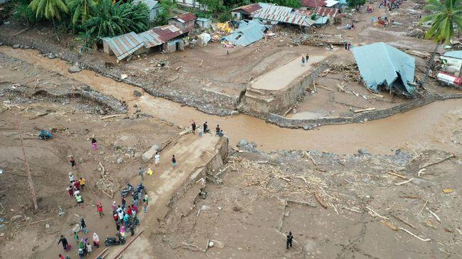 Penebangan Hutan Diduga Penyebab Banjir Bandang NTT, KLHK Buka Suara