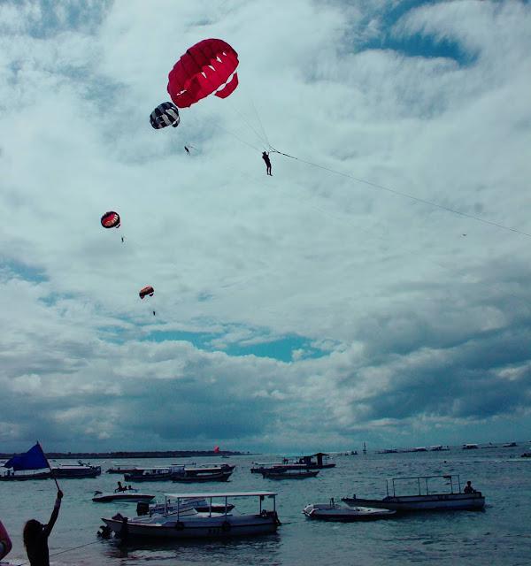 parasailing di tanjung benoa