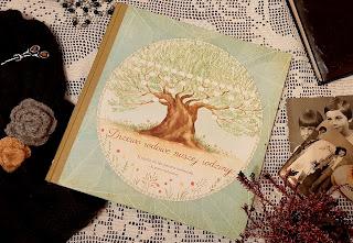 https://www.mamadoszescianu.pl/2019/11/drzewo-rodowe-naszej-rodziny-albumy.html