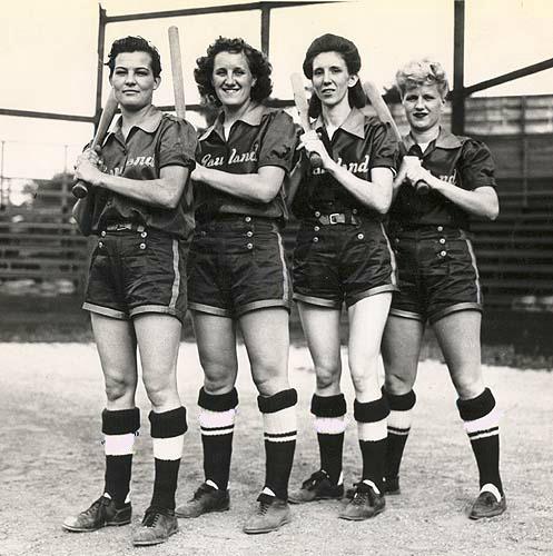 all american girls baseball league - 497×500
