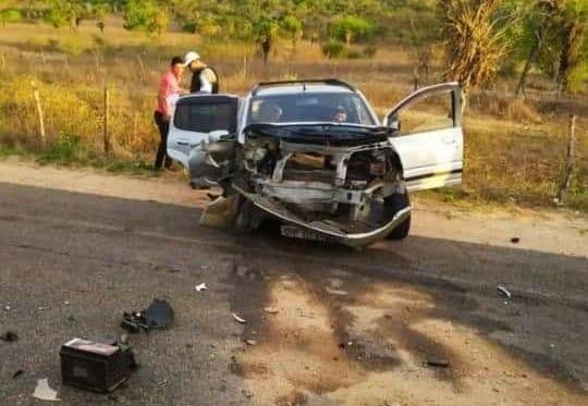 Em São José da Tapera, colisão  entre carros deixa feridos em trecho da  AL-220