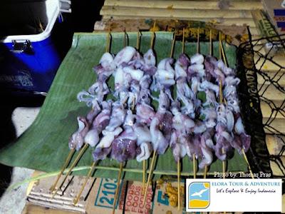 barbeque seafood di teluk kiluan
