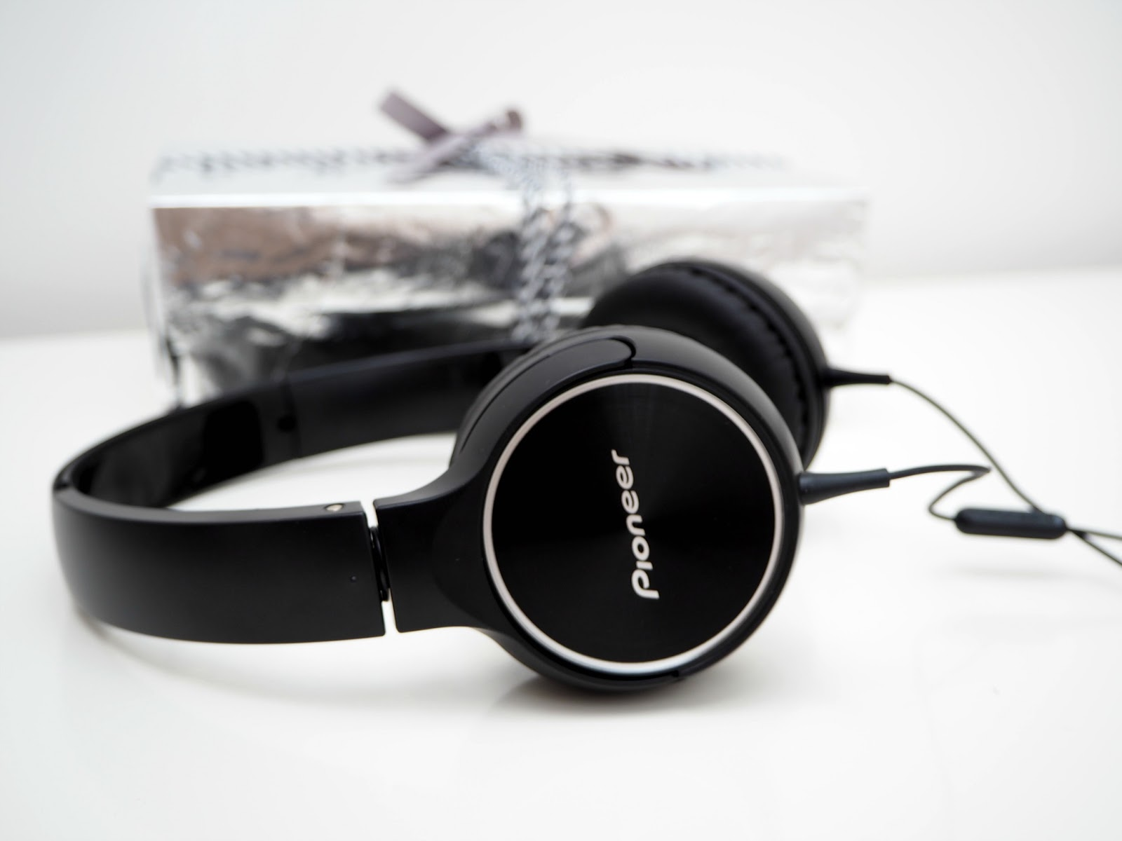 Pioneer headphones gift idea for him debenhams