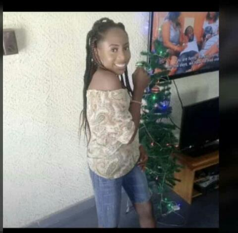 A female UNIBEN Student commits Suicide (See Photos)