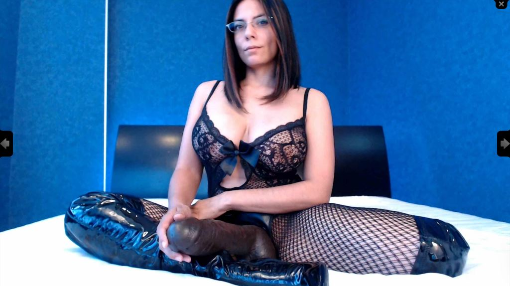 https://pvt.sexy/models/1c0x-goddess-gabriella/?click_hash=85d139ede911451.25793884&type=member