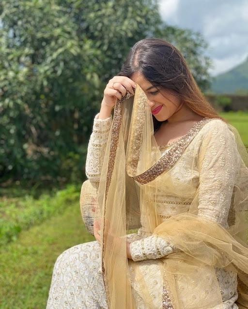 Jannat Zubair Photos