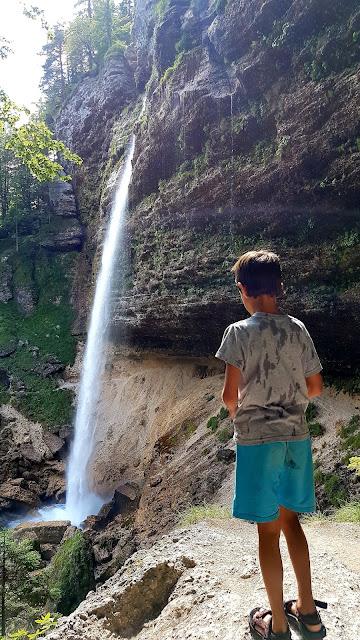 camper-nens-niños-eslovenia-nestcampers-ruta-pericnick