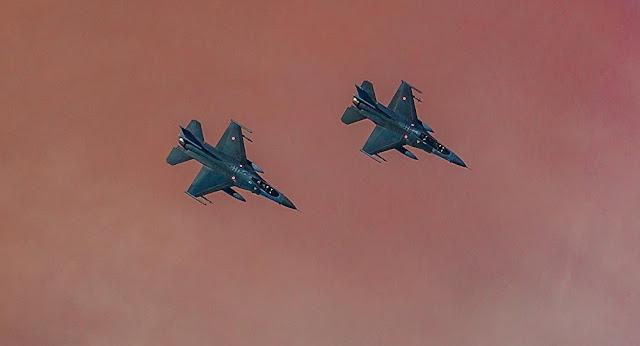 Aviones turcos violan espacio aéreo griego 53 veces en un día