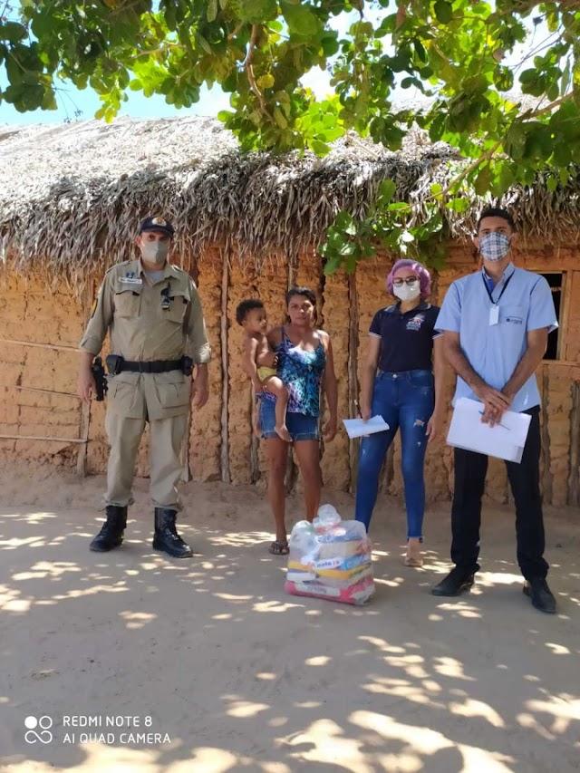 PM e Judiciário realizam doações de cestas básicas a famílias carentes do Bico do Papagaio