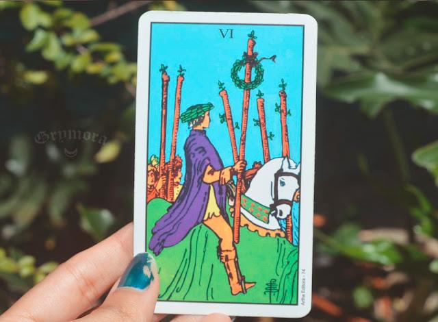Saiba o significado da Carta 6 de Paus no Tarot do amor, dinheiro e trabalho, na saúde, como obstáculo ou invertida e como conselho.